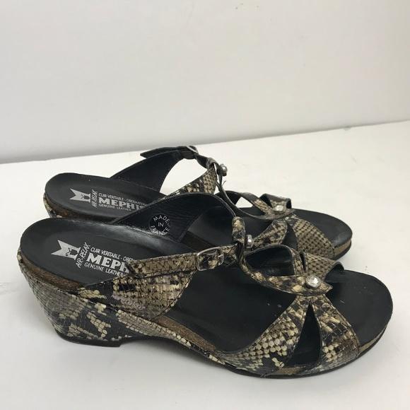 730b5e9a72 Mephisto Green Snakeskin Leather Wedge Sandal. M_5aad808b2ae12fcabcecc68e